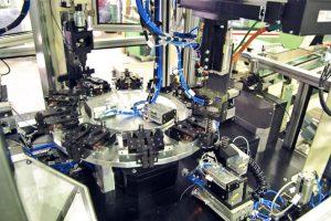 Anlagenbau Automotive: Montageanlage Schwingungstilger