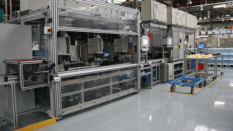Sondermaschinenbau Saarland - Montageanlage für die Automobilindustrie